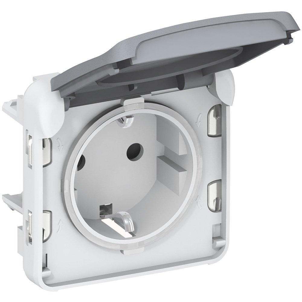 Фото Розетка с заземляющим контактом и винтовыми зажимами влагозащищенная (IP55) 16 А, 250 В~ Plexo Legrand