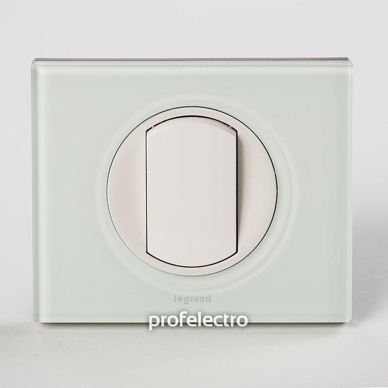 Фото Рамки стеклянные цвет смальта белая глина 1—5 постов Celiane Legrand