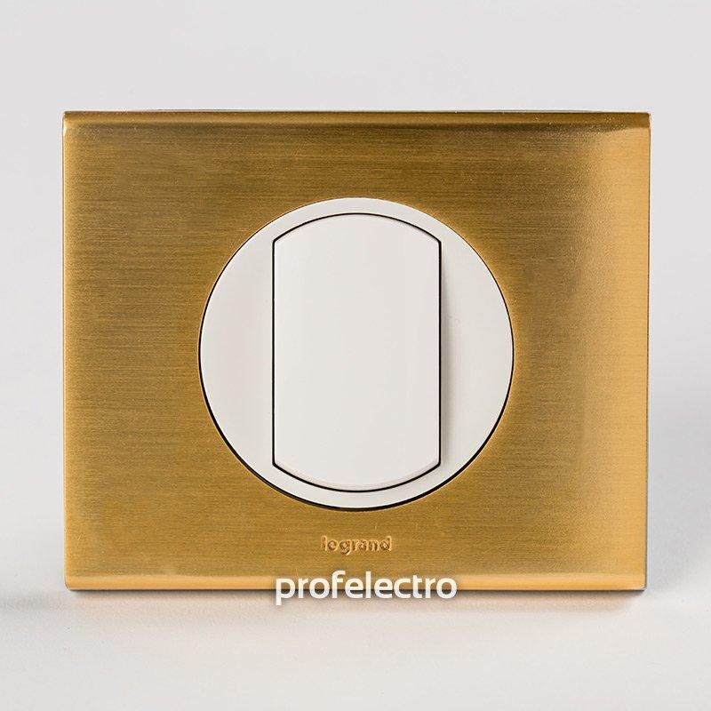 Рамки металлические цвет золото 1-4 поста Celiane